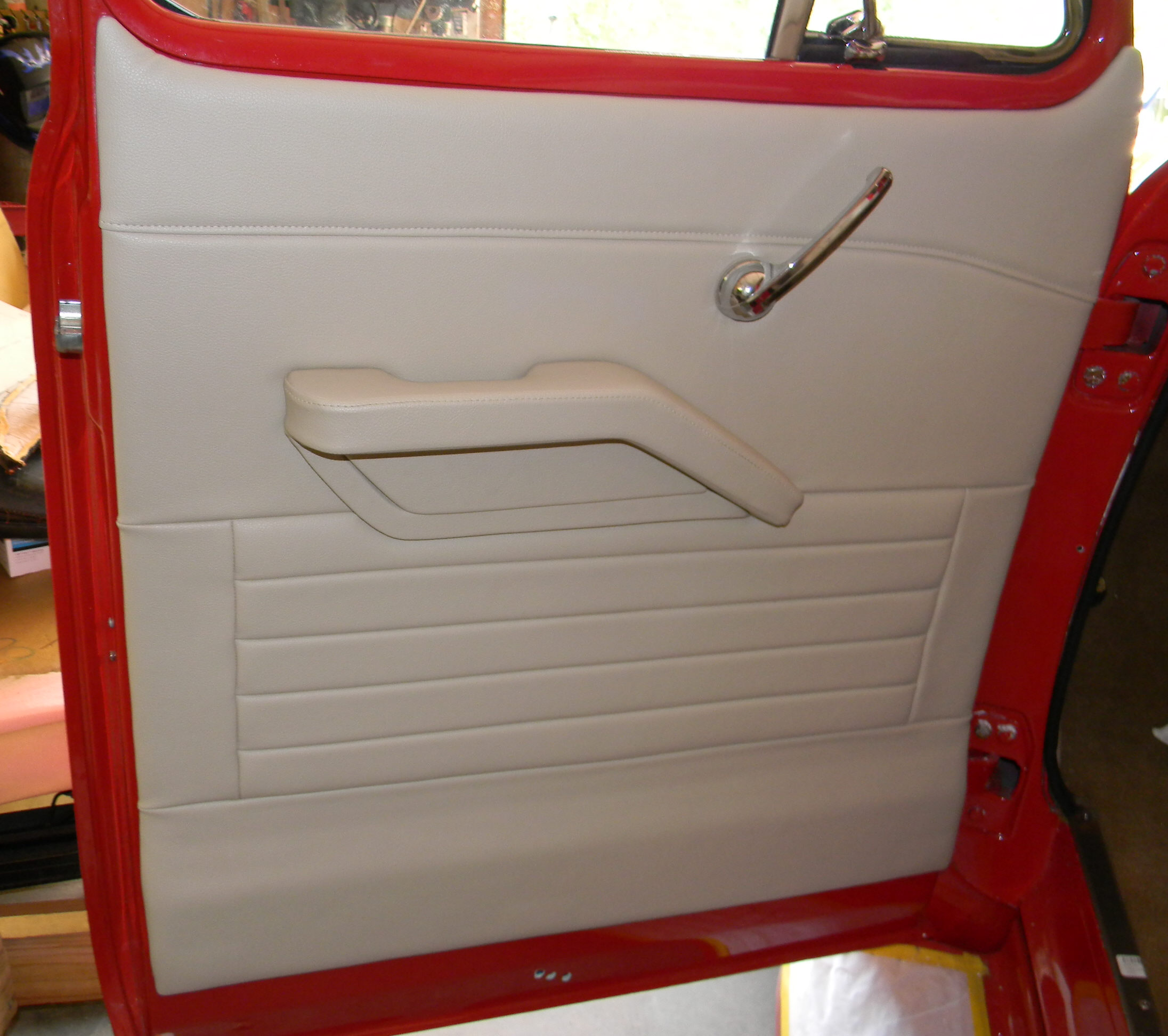oct chevrolet need forum tahoe removal chevy suburban help photo with pm truck panels a panel interior door